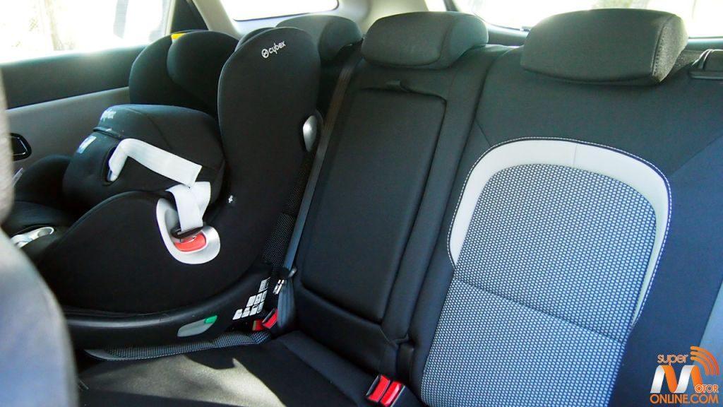 Al volante del Kia Ceed SportsWagon Tech 2016 21-spm