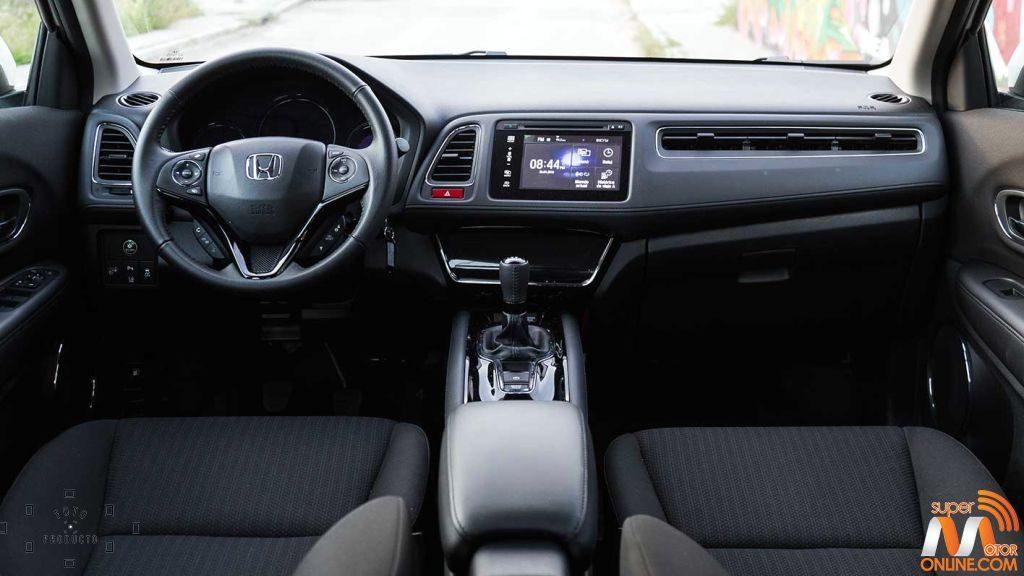 Al volante del Honda HR-V vs Nissan Qashqai 09-spm