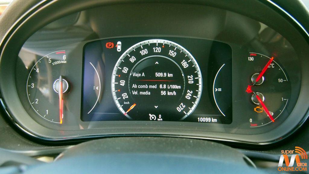 Al volante del Opel Insignia Sports Tourer 26-spm