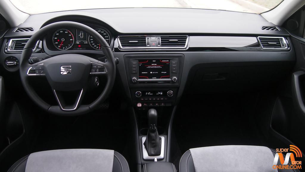 Al volante del SEAT Toledo 2017